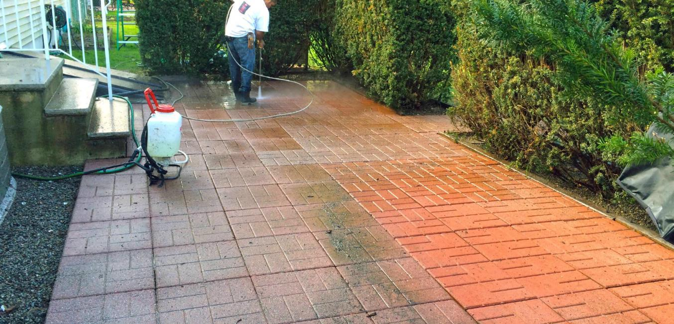 75402-process-power-washing-patio-one-third-complete